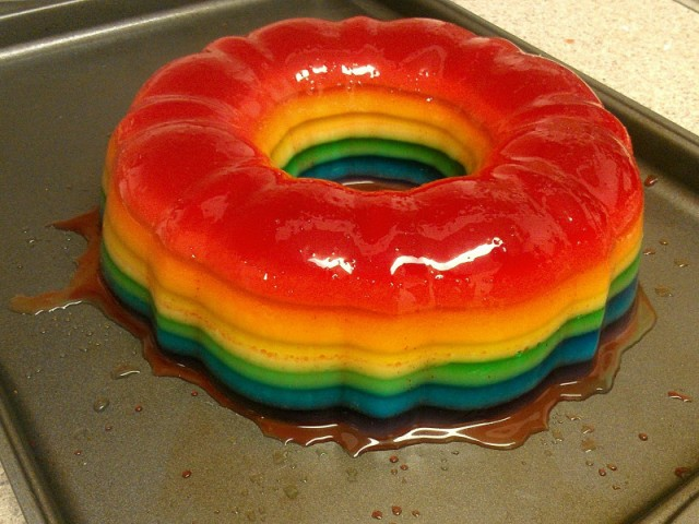 Rainbow-jello-shot-cake-